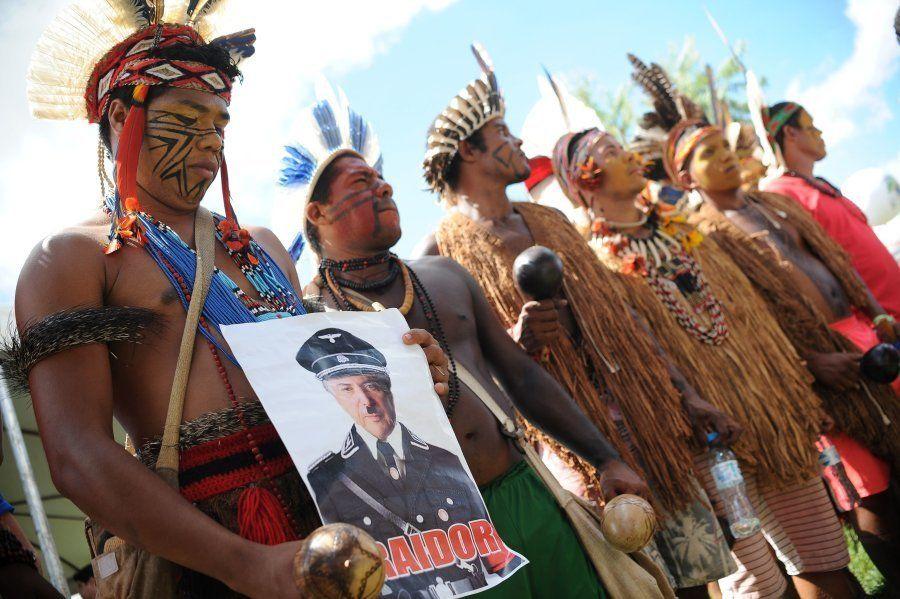 Índios aderem ao protesto em