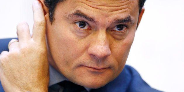 Decisão do juiz Sérgio Moro condenou o ex-presidente Lula a nove anos e seis meses de
