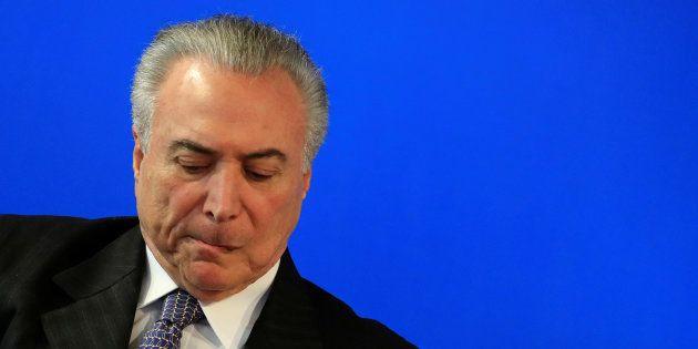Presidente Michel Temer foi implicado na delação da JBS em pelo menos três crimes: corrupção, organização...