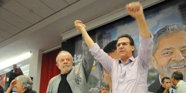 Ao lado de Lula, Luiz Marinho é aclamado pré-candidato ao governo de São Paulo pelo