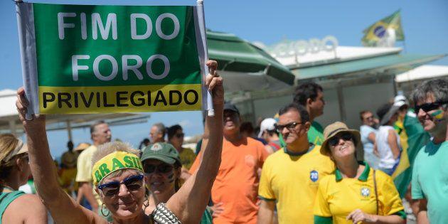 Apesar da restrição, Brasil continua sendo um dos países que mais concede o privilégio a