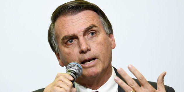 Jair Bolsonaro é lembrado espontaneamente por 12% dos