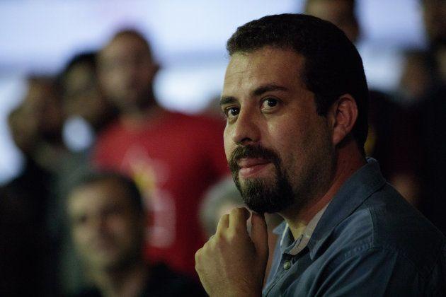 Guilherme Boulos é líder do MTST (Movimento dos Trabalhadores Sem