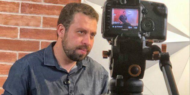 Guilherm Boulos (PSol) foi o 1º candidato à Presidência sabatinado por HuffPost e