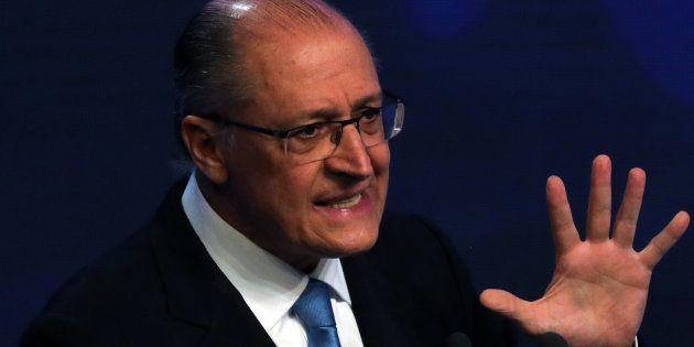 Plano de governo de Alckmin propõe substituir 5 impostos por um único tributo: o