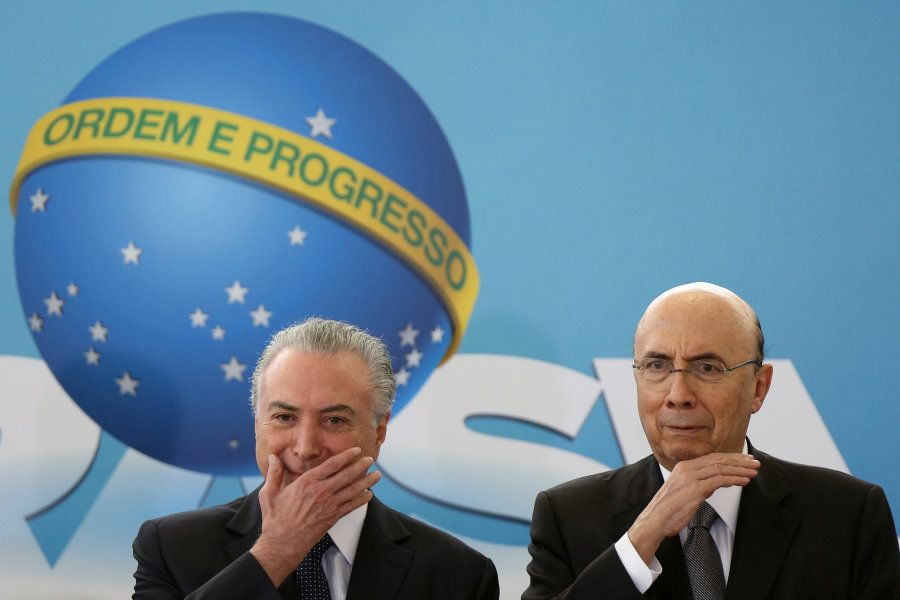 Meirelles tentou se descolar de Temer e se associar a Lula nesta campanha