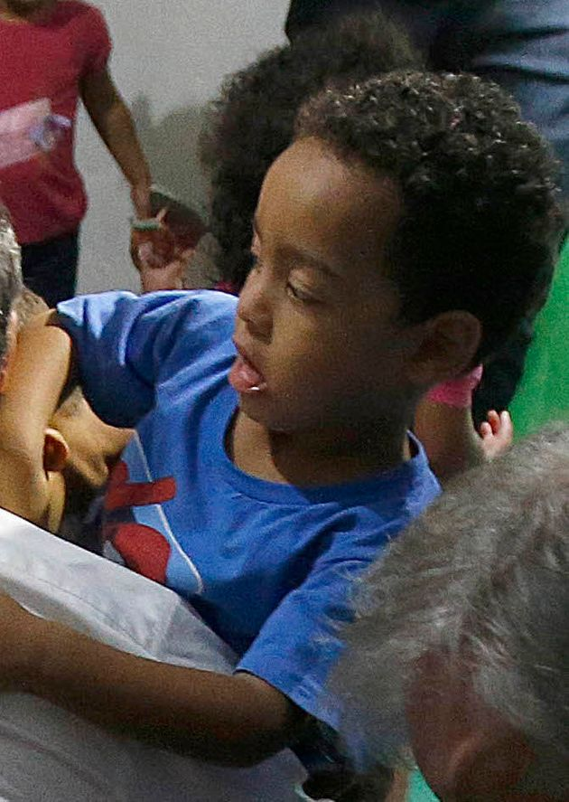 Quem é você na foto da queda de Alckmin com as crianças na creche do Distrito
