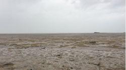 Furacão Irma 'suga' água das Bahamas e vídeo de praia sem mar