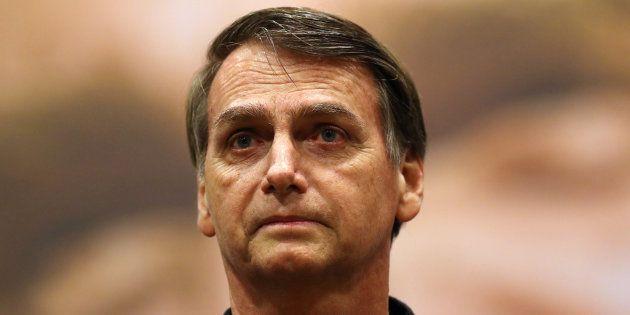 Jair Bolsonaro chora em horário eleitoral