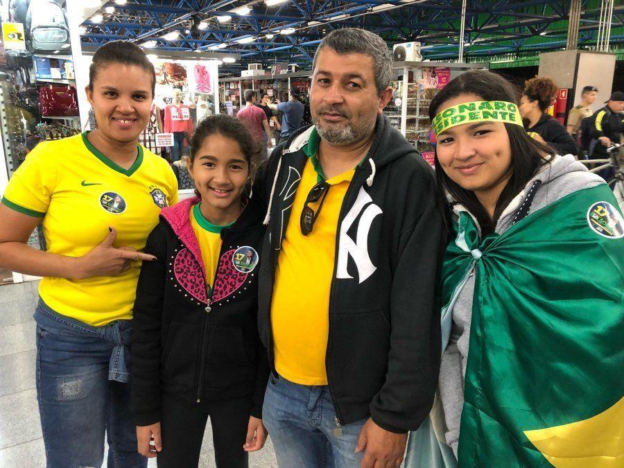 Família do segurança Juscelino de Sousa torce por Jair Bolsonaro nesta