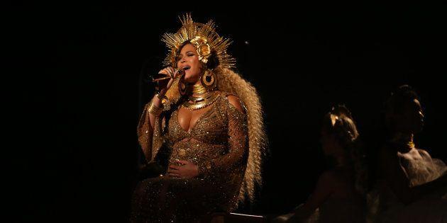 Apresentação de Beyoncé no Grammy 2017 foi uma ode à força