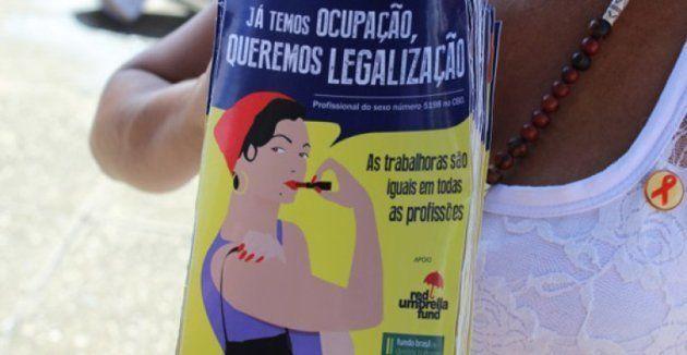 Foto de cartaz de protesto do Grupo de Mulheres Prostitutas do Estado Pará