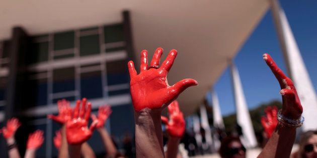São 11,4 mulheres assassinadas para cada 100 mil mulheres. No Brasil, a média nacional, uma das mais...