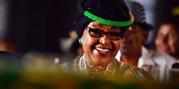 Winnie Madikizela-Mandela durante seu aniversário de 78 anos em Soweto, na África do Sul. (Photo by Leon...