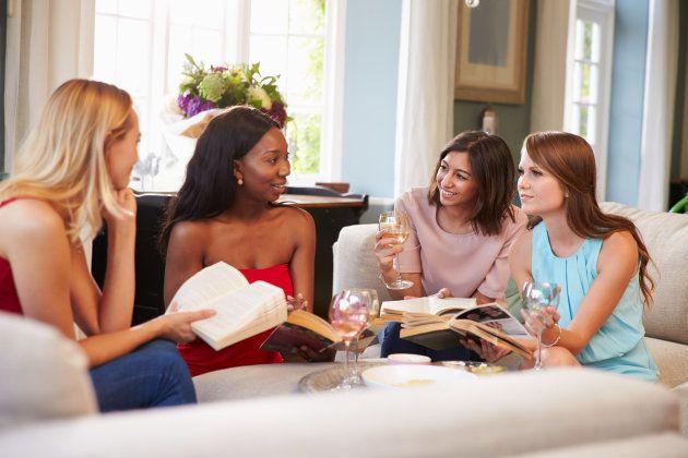 Por que clubes de livros apenas de mulheres sempre foram um foco de