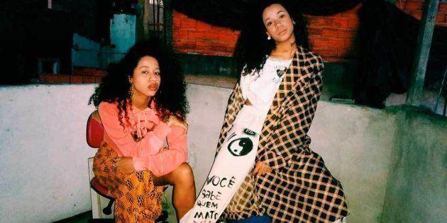 Ensaio de moda de Tasha e Tracie