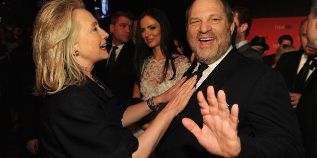 A secretária de Estado Hillary Rodham Clinton e o produtor Harvey Weinstein no coquetel TIME 100 Gala,...