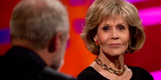 Jane Fonda incentiva mulheres a falarem sobre seus