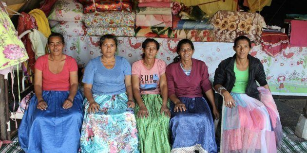 As cinco irmãs ciganas, Vilma Aparecida Fernandes, Luci Fernandes, Delir Fernandes, Maria Paula Aparecida...