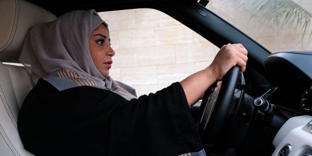 Atualmente, a maioria dos clientes dos dois serviços na Arábia Saudita é formada por mulheres: 80% no...