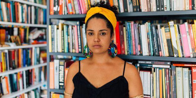 Bianca Santana é pesquisadora e escritora e inspira centenas de meninas e mulheres