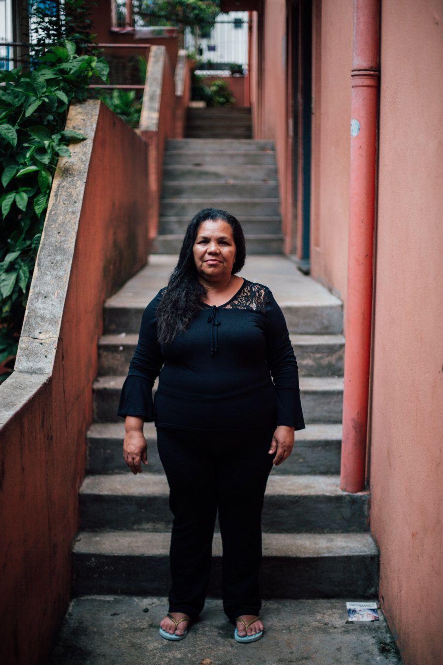 Determinada, aos 20 anos deixou Pernambuco para se firmar e construir uma vida diferente daquela que...