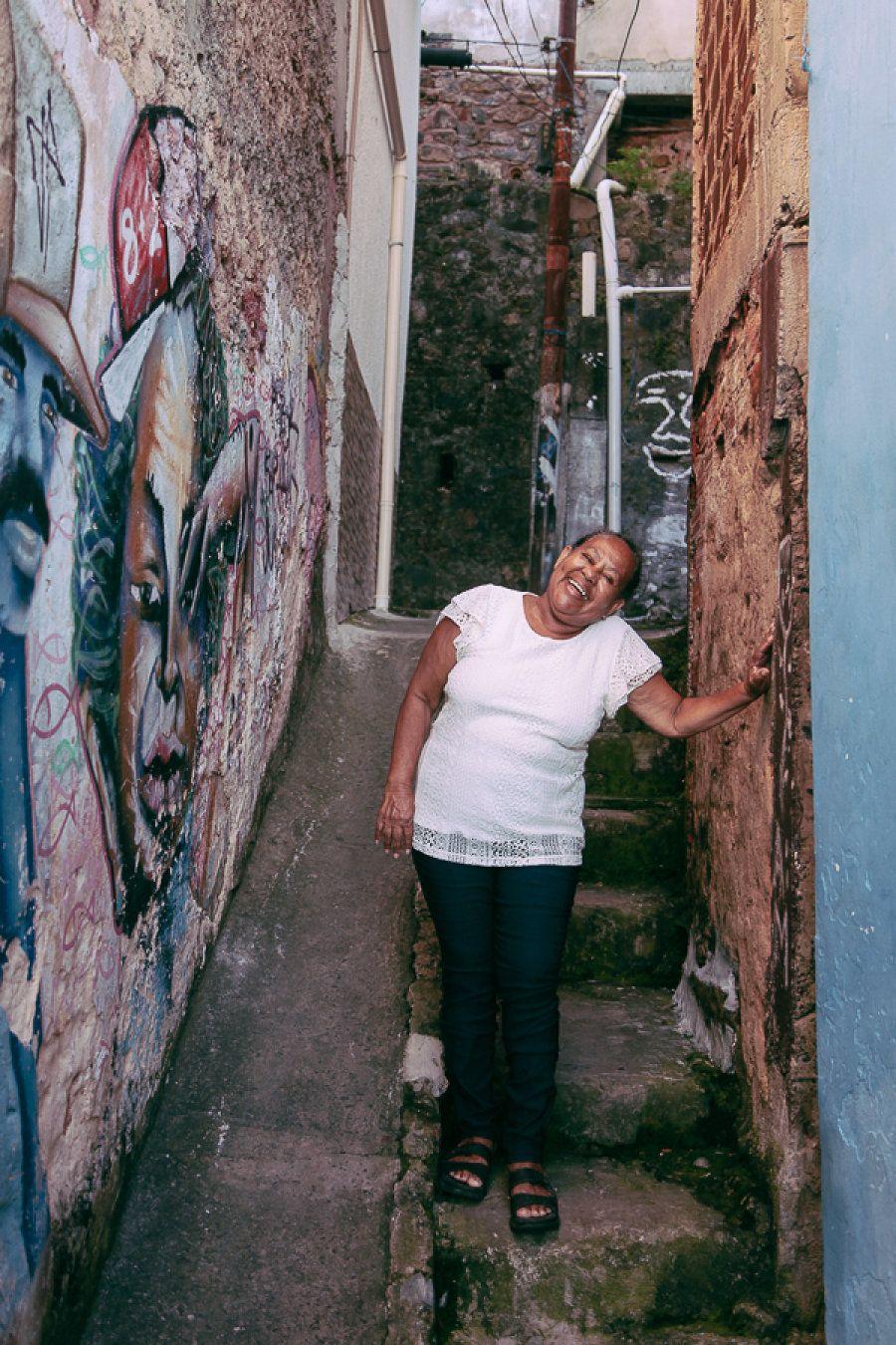 Além de atrair quem jamais imaginaria descer a favela no horário do almoço, Suzana conta que já recebeu...