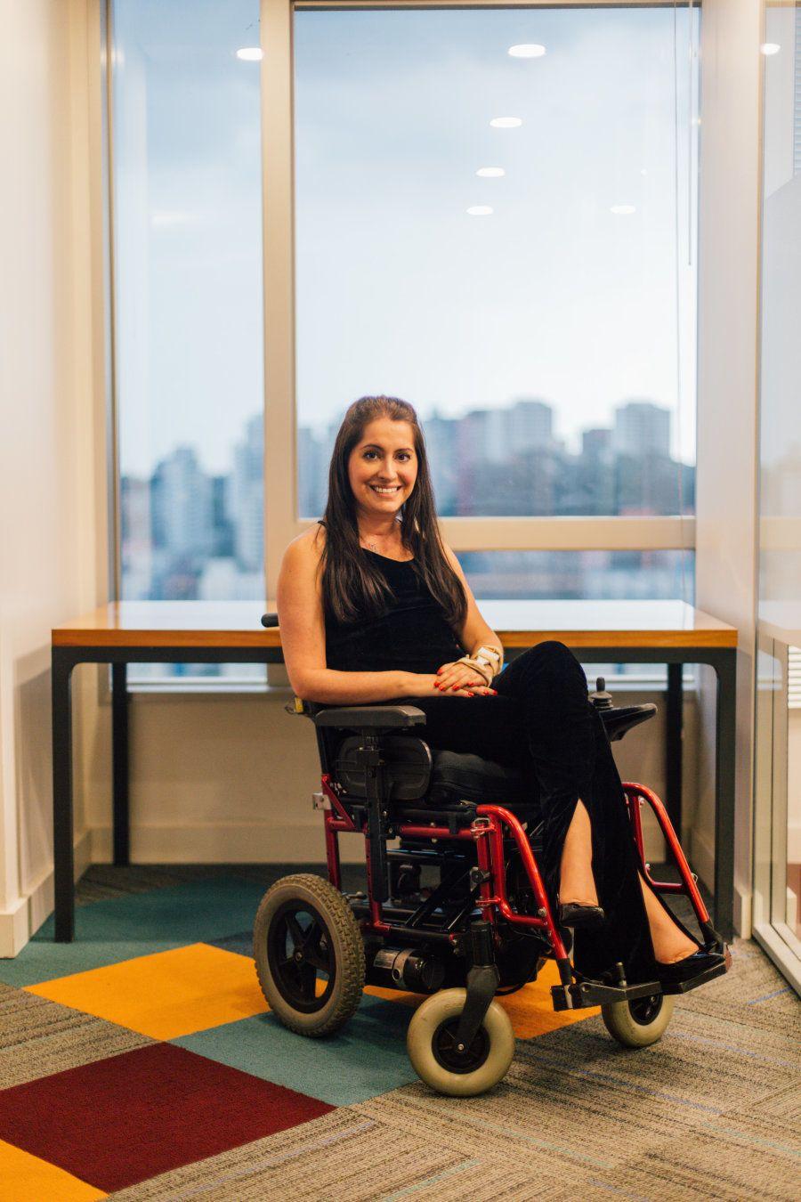 Daniela entrou na faculdade de medicina no interior de São Paulo, mas em 2006, aos 23 anos, sofreu um...