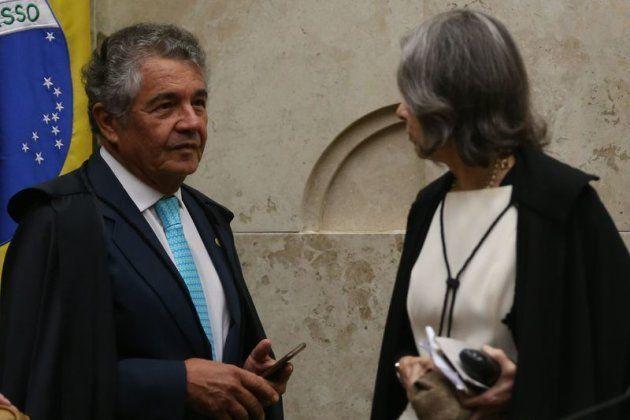 O ministro Marco Aurélio e a presidente do Supremo Tribunal Federal, Cármen Lúcia, durante julgamento...