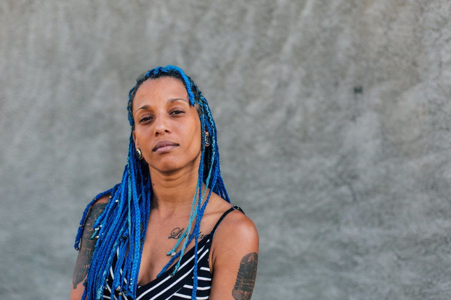 Luana Hansen é rapper e produtora musical com 20 anos de