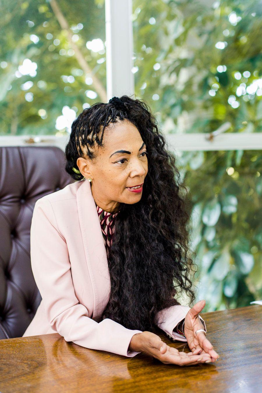 Aos 54 anos Tânia é a primeira mulher negra que chegou a ocupar o cargo de prefeita em Dois Irmãos, colônia...