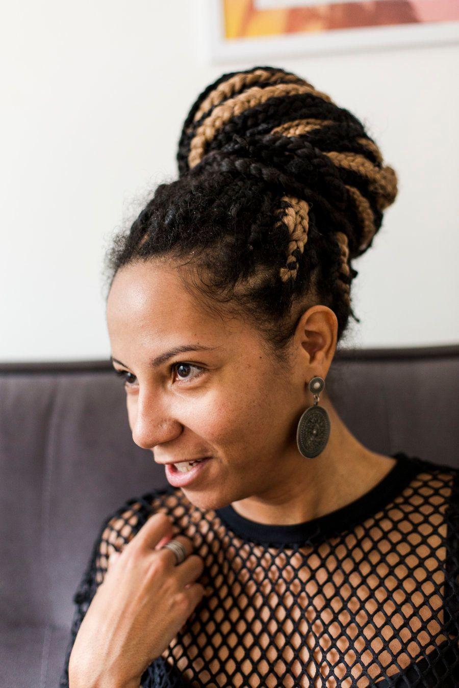 Poliana também quer mostrar como a internet possibilitou o encontro, deu voz e projetou pessoas negras...