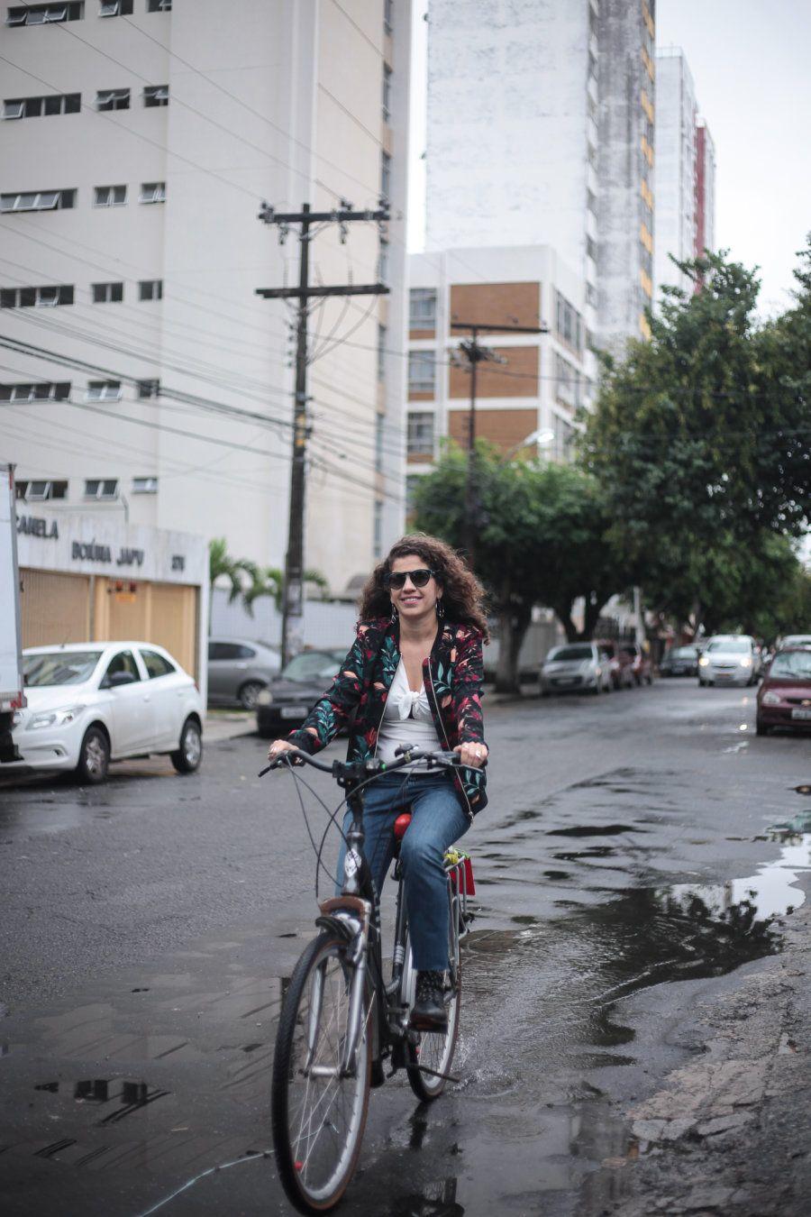 Para Erica, a bicicleta é uma arma contra diversos artifícios de exclusão social e