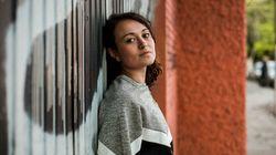 Nati Gaspa: A professora que leva a poesia das ruas para a sala de