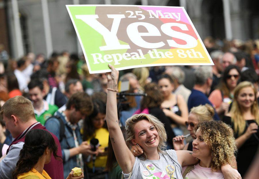 O 'sim' para o aborto e as imagens da comemoração das mulheres na