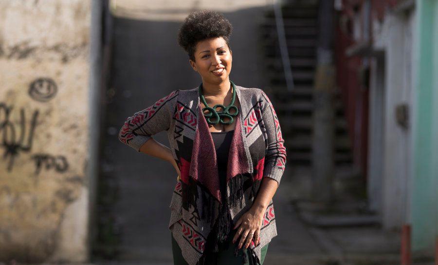 Fabíola Oliveira é a 107ª entrevistada do projeto