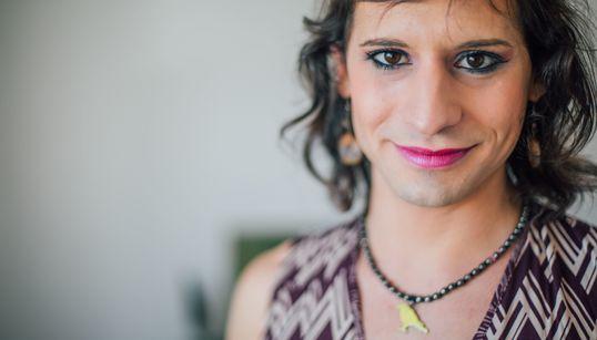Dramaturga, poeta, escritora e travesti: Ave Terrena é o palco de sua própria
