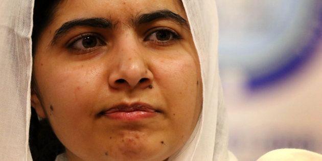 Em 2012, Malala foi atingida na cabeça em um atentado que chocou o Paquistão e o