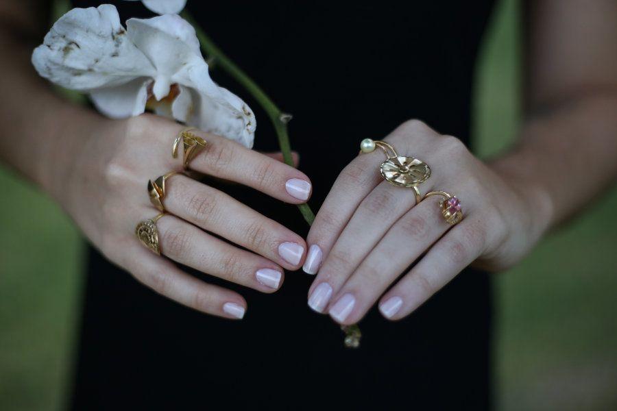 As joias sempre foram uma paixão para Marcela, que ouvia da avó a história de cada joia que
