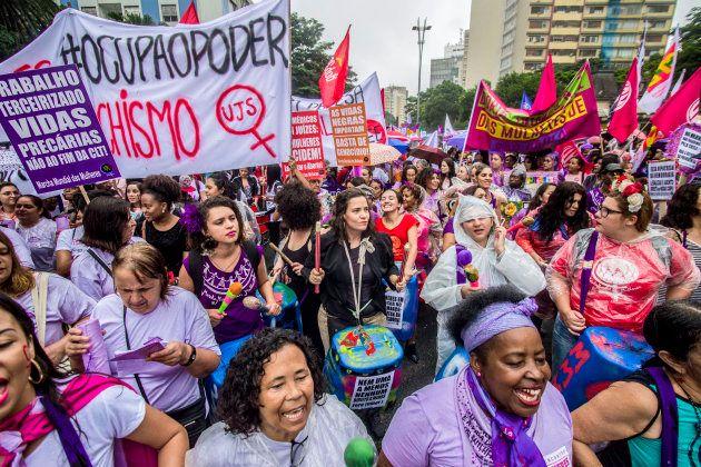 Administradora do grupo 'Mulheres Contra Bolsonaro' é agredida no Rio de