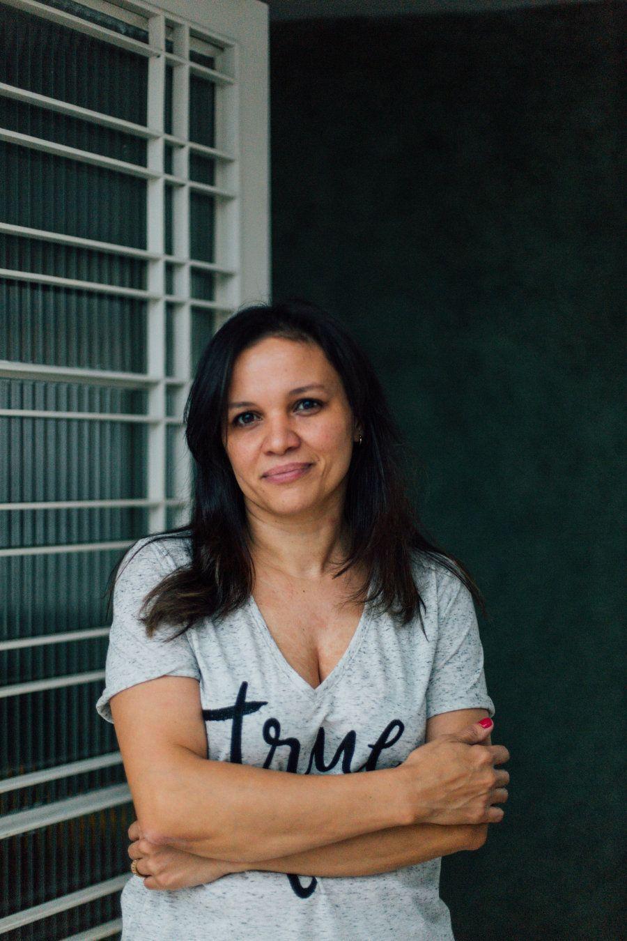 Renata sempre trabalhou como massoterapeuta, mas se virava com