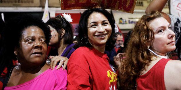 Neste sábado (29), estão previstos diversos protestos contra Bolsonaro organizados pelas mulheres em...