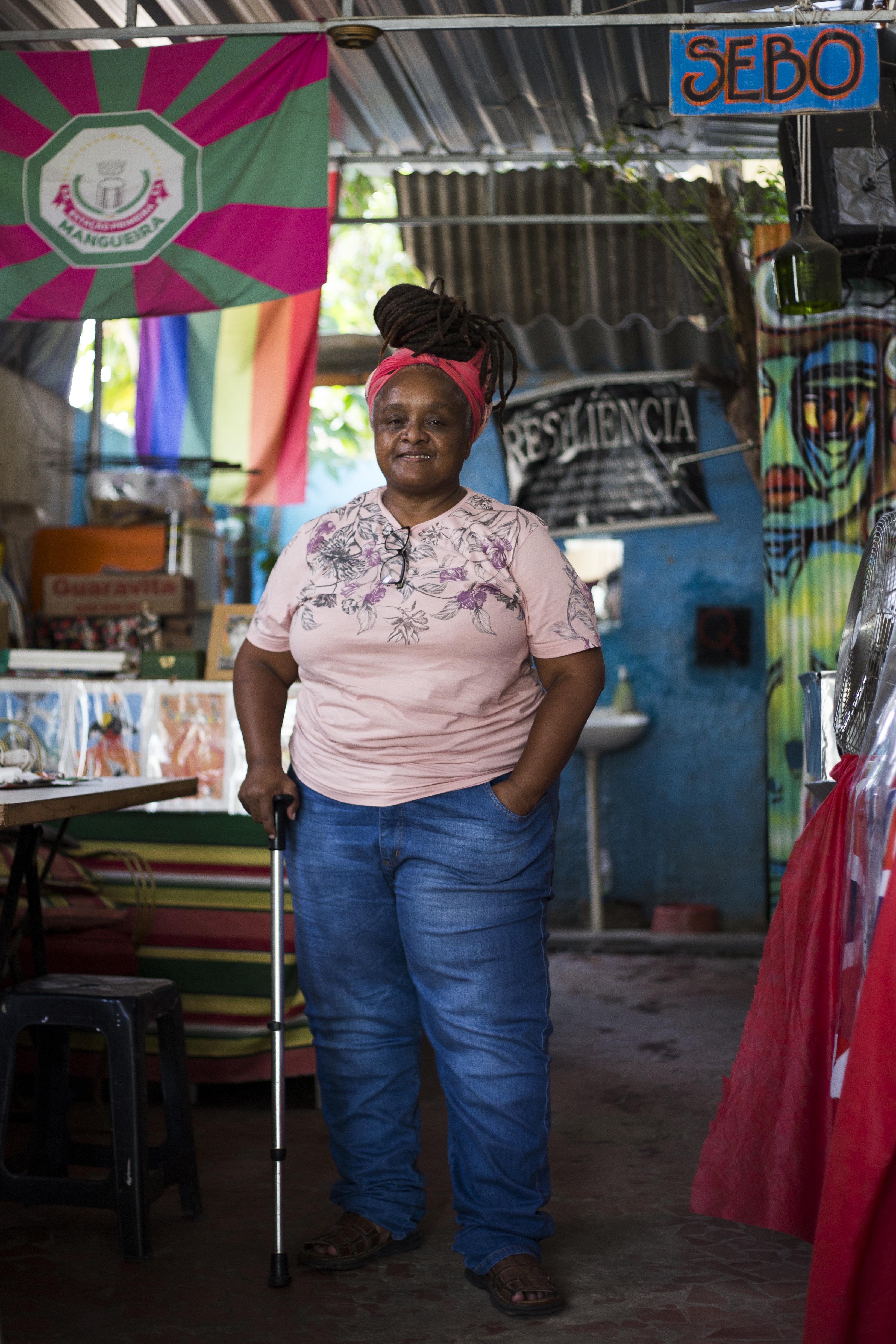 A dona do espaço seguro para lésbicas no subúrbio