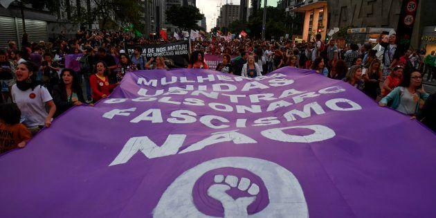 Mulheres vão às ruas novamente protestar contra a candidatura de Jair Bolsonaro (PSL) e pedir