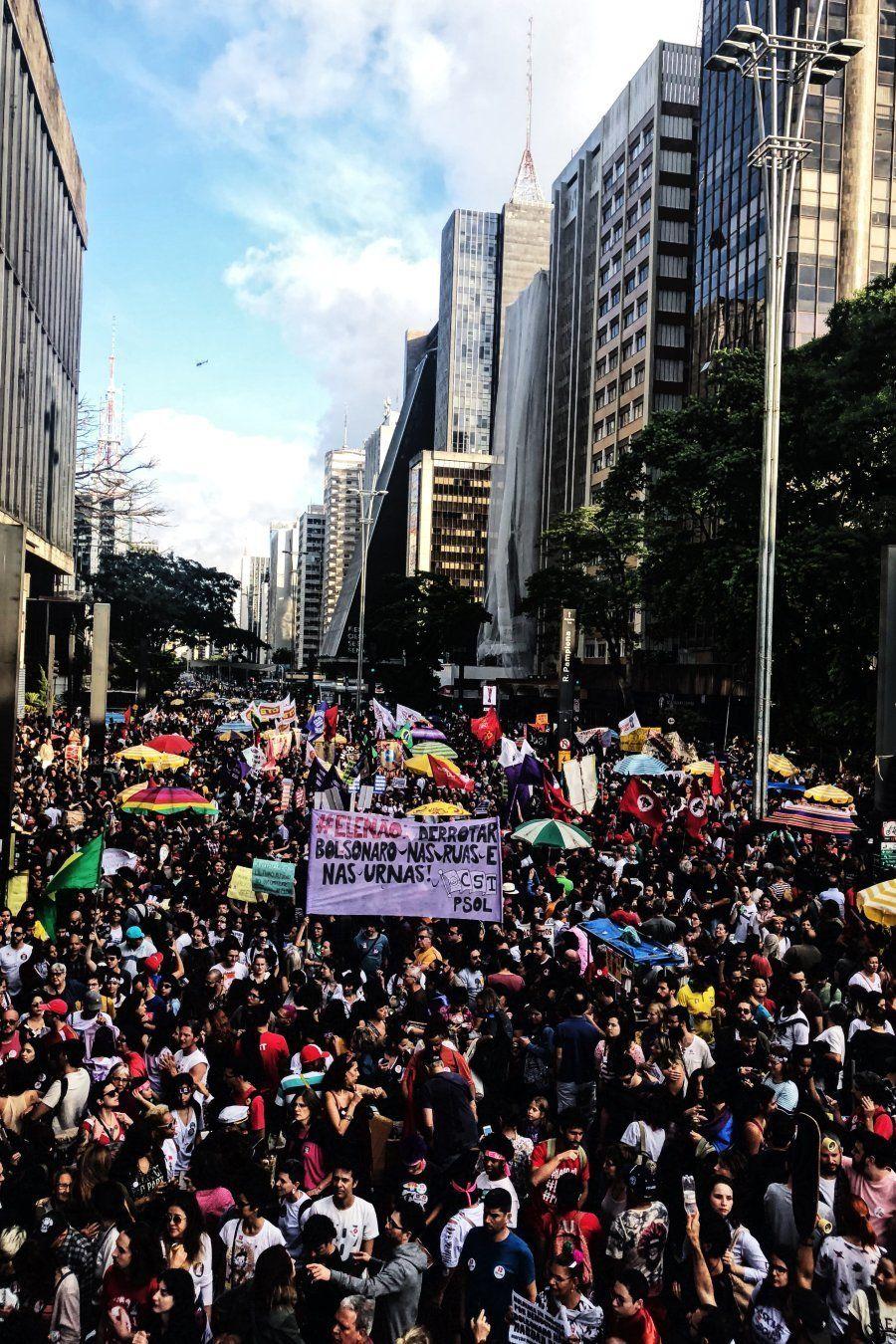 Ato reuniu cerca de 70 mil pessoas em São