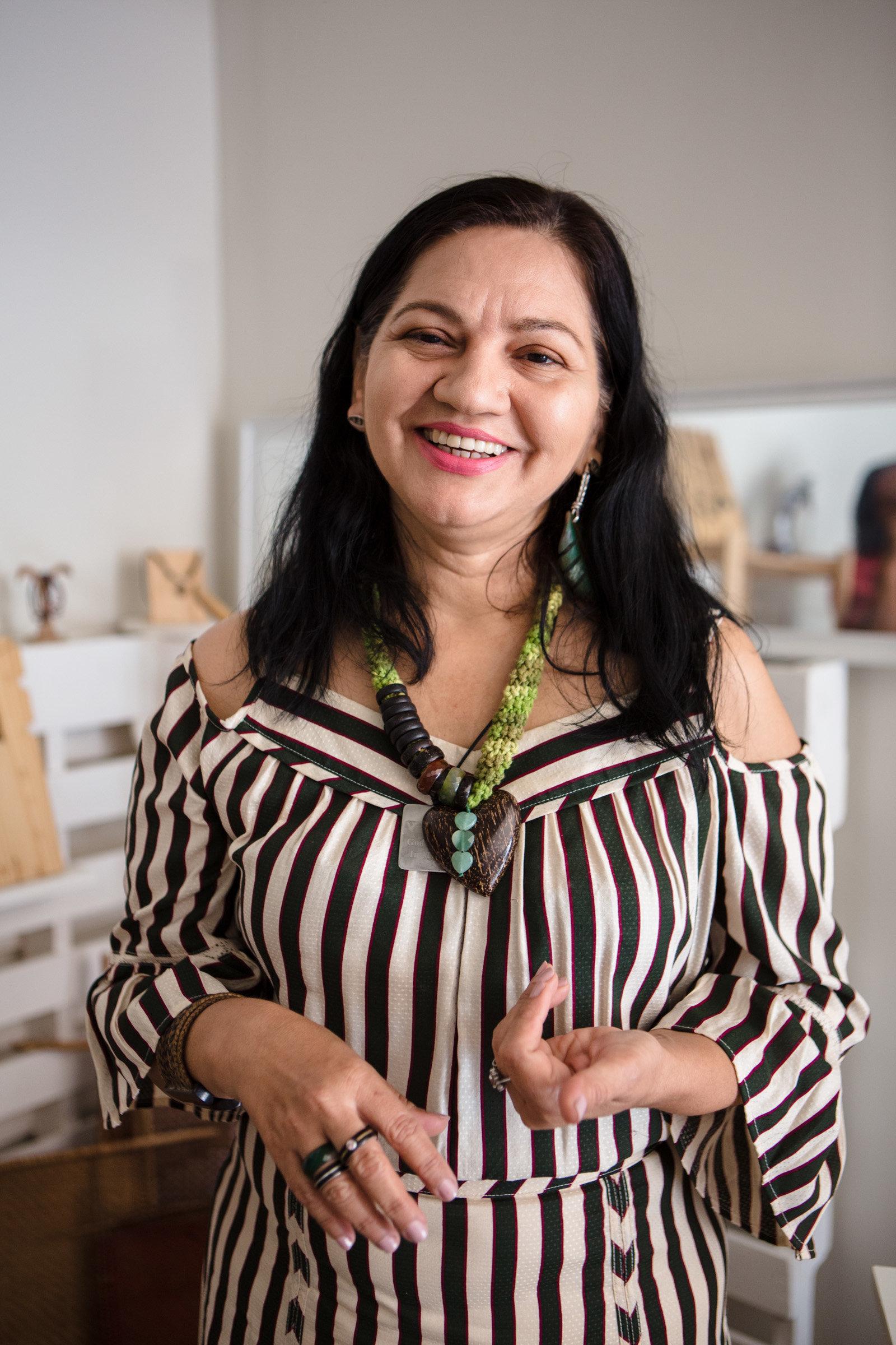 A designer manauara que transforma a riqueza da Amazônia em