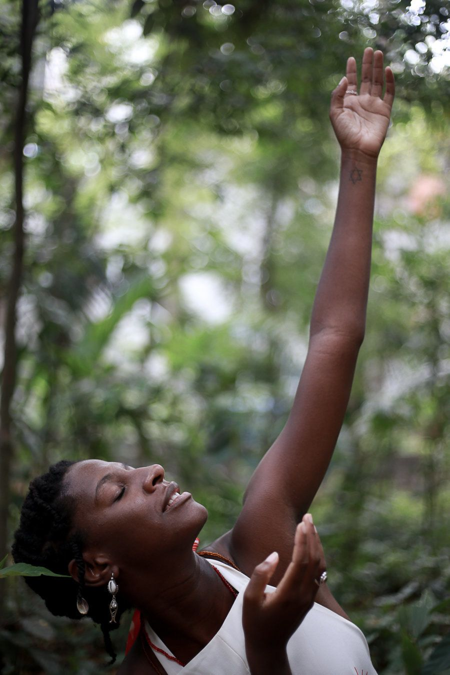 Com sua dança, ela conecta pessoas nos quilombos que ainda resistem em Salvador