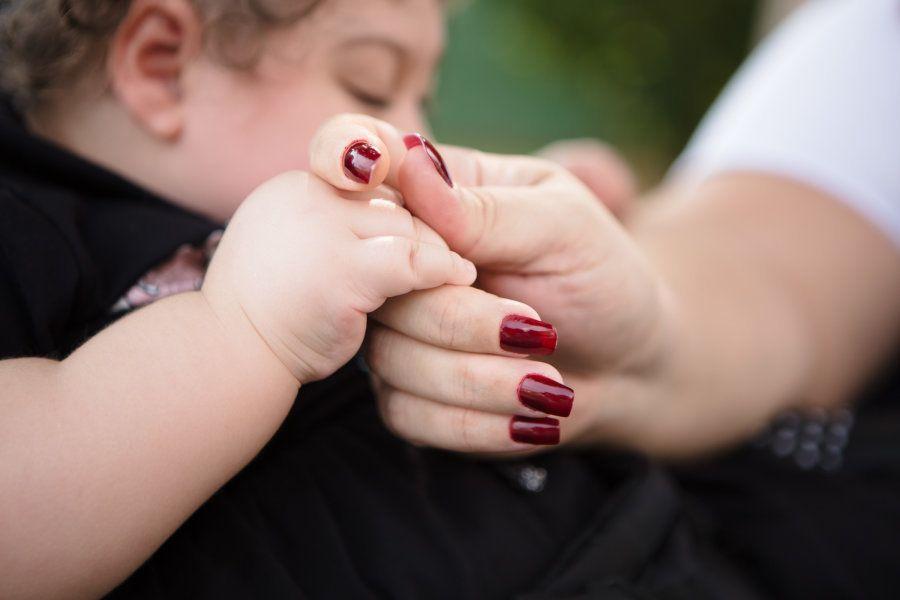 De mãos dadas com Maria: assim é o caminho de Helen, desde que descobriu que a filha tinha