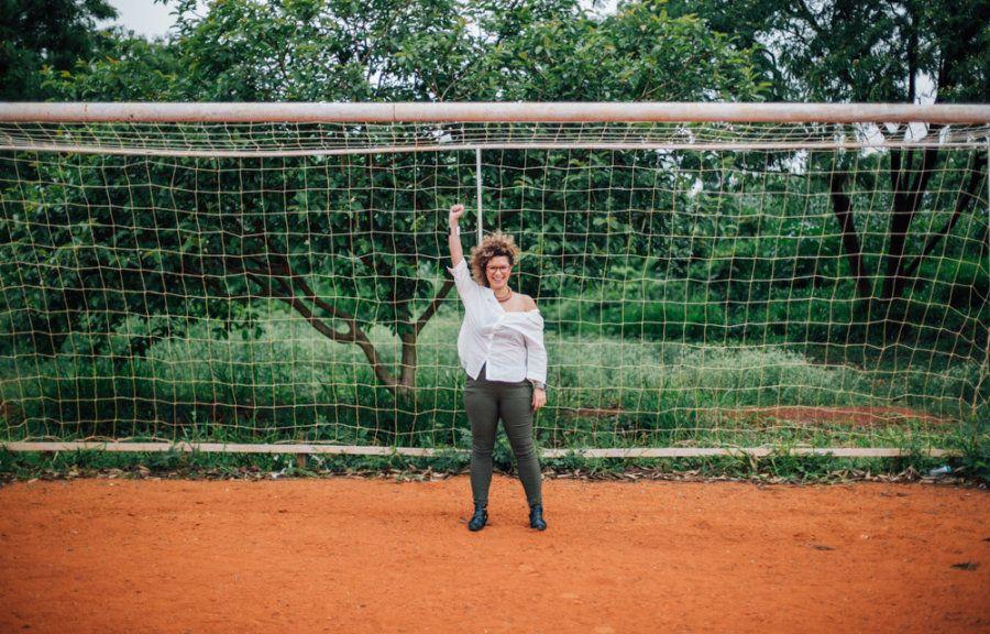 Recentemente Aira deixou o centro de referência e se dedica a seu mestrado em que pesquisa o futebol...