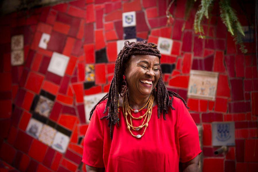 Josina teve preocupação em criar um vestuário que fosse a cara do povo afrobrasileiro. E